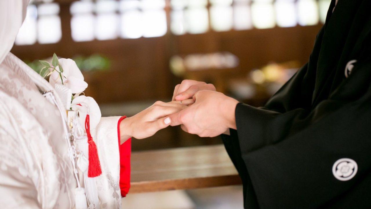 神社で結婚式
